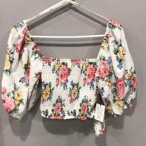 Forever 21 white floral puffy sleeve crop top